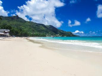 Seychellen-Traumstrand auf Mahé