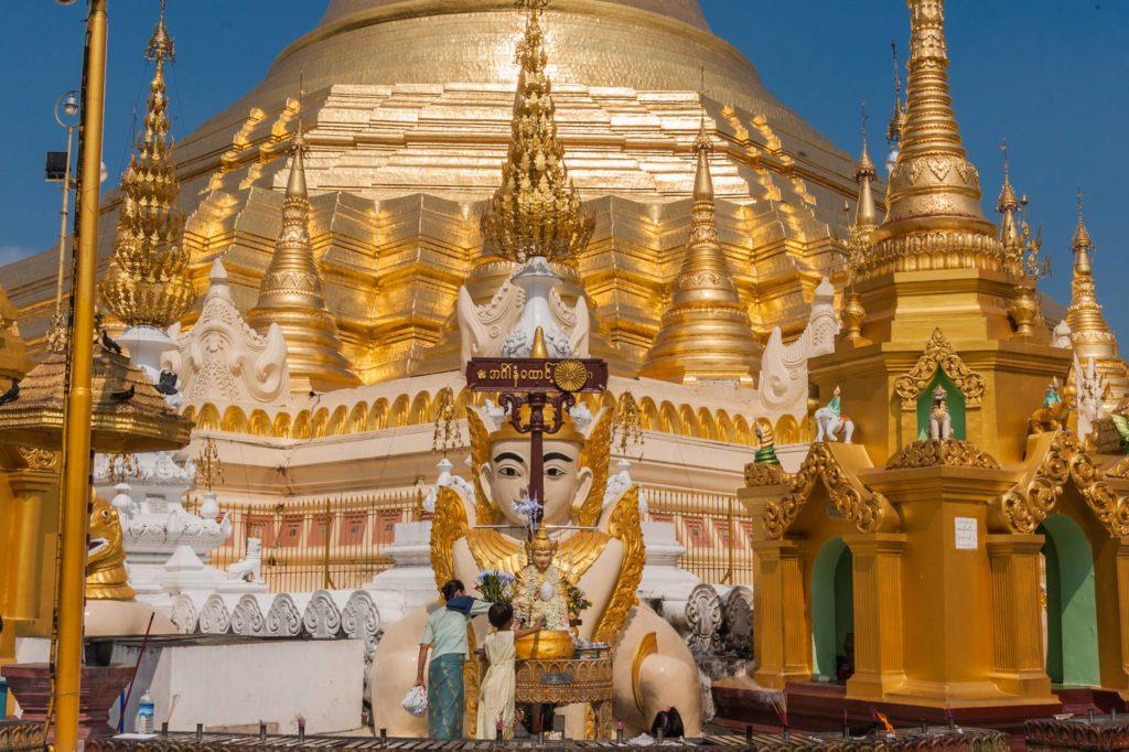 Goldene Pracht des Heiligtums