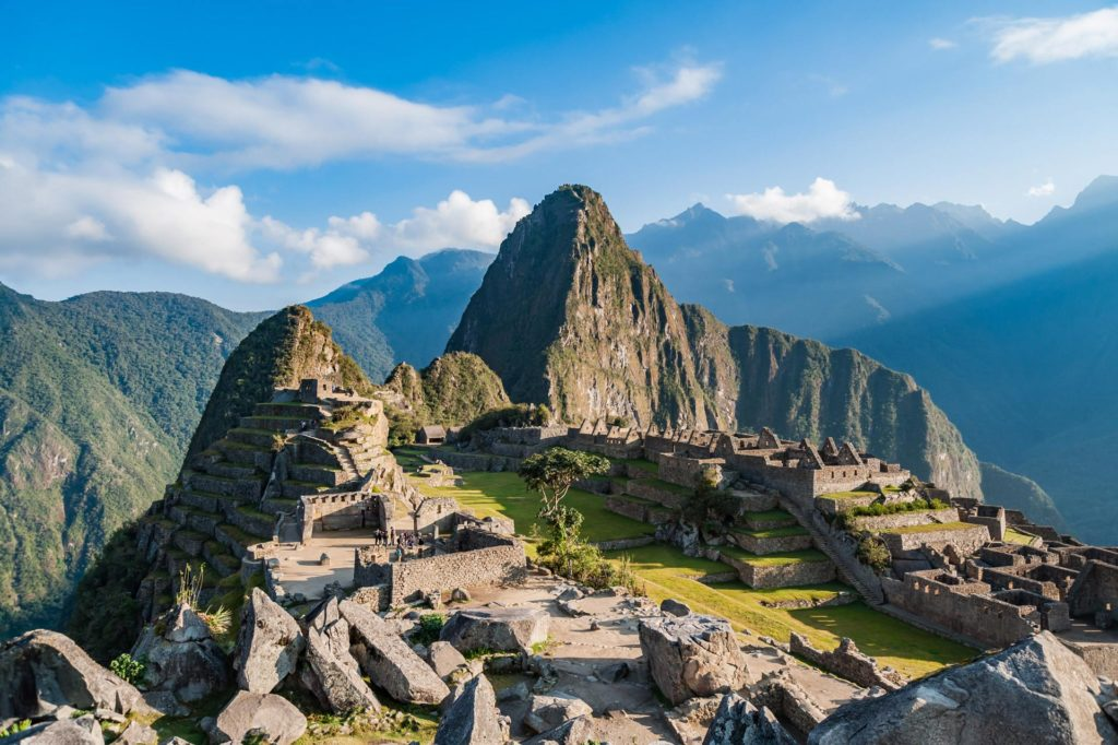 Mysteriöses Machu Picchu am frühen Morgen