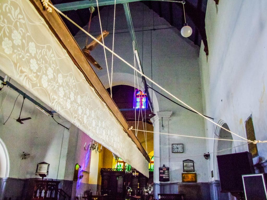 Punkahs, die traditionelle Klimaanlage in der St. Francis Kirche