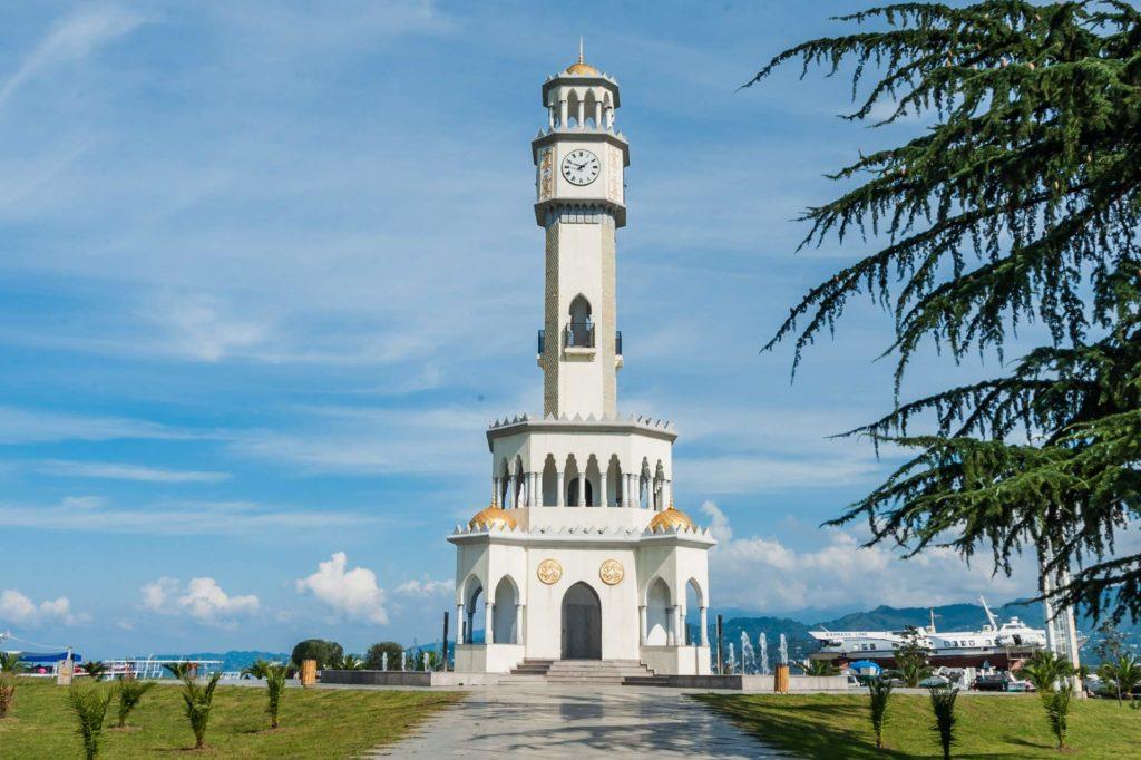 Chacha-Turm (Tschatscha-Turm) in Batumi