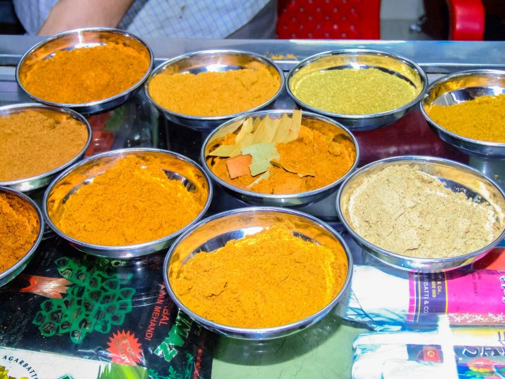 Beispiele für Curry Mischungen