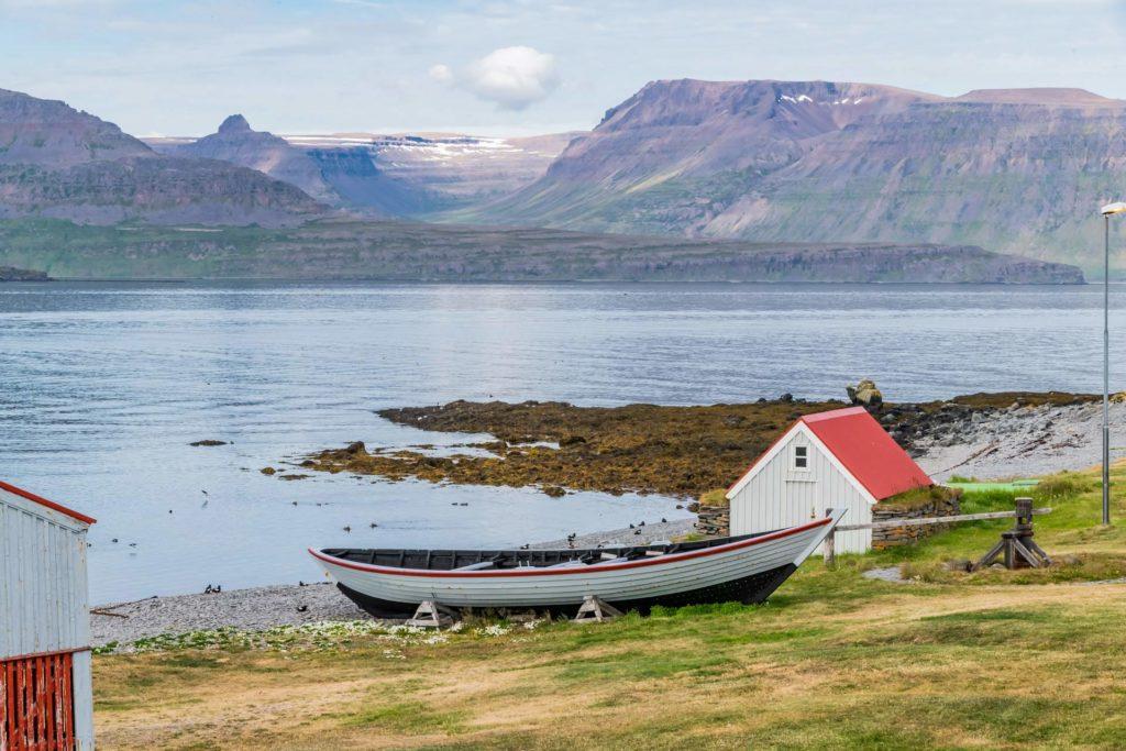 Historisches Ruderboot aus Holz, Insel Vigur