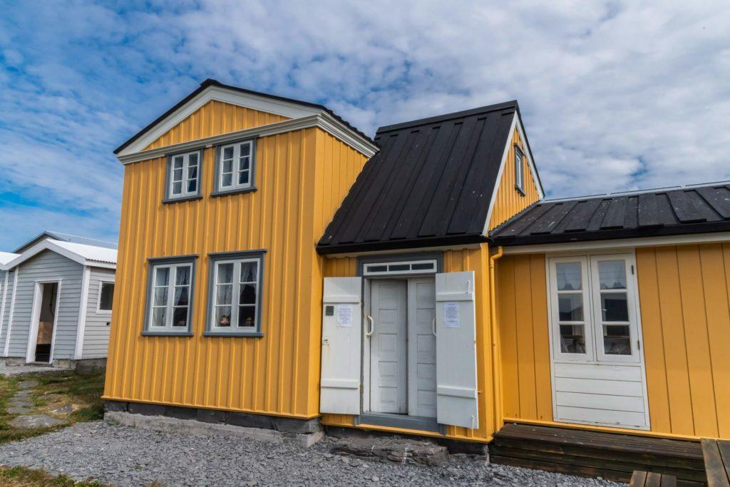 Victoriuhusid (Victoria-Haus) auf Vigur, Westfjorde in Island