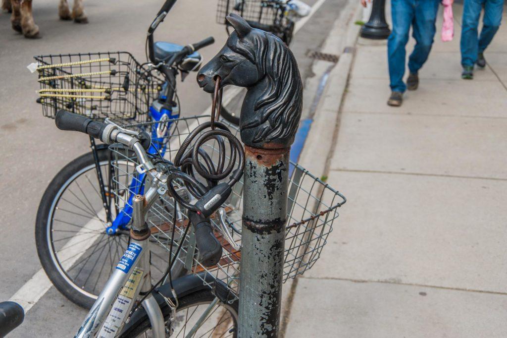 Fahrrad-Parkplatz in der Main Street