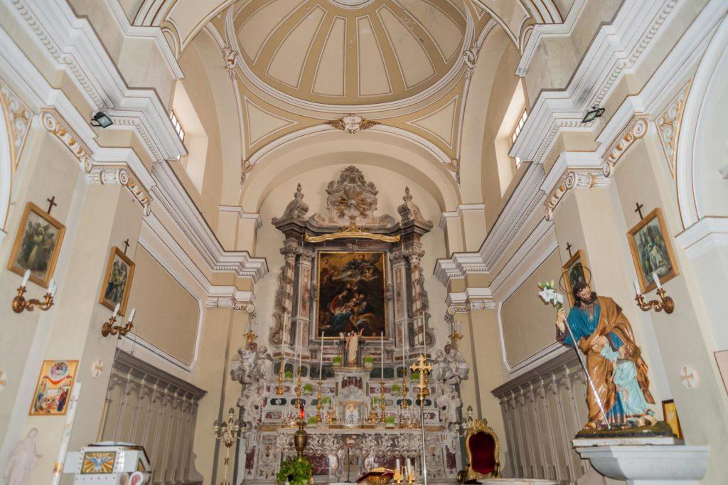 Kirche San Giuseppe und der barocke Innenraum